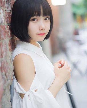 葵(あおい , Aoi)